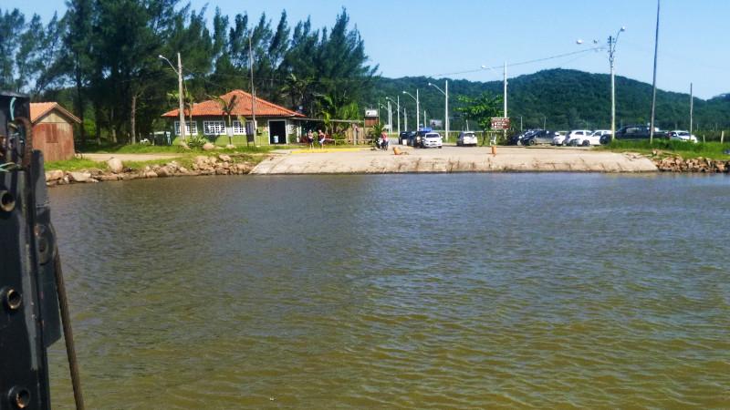 Laguna ferry