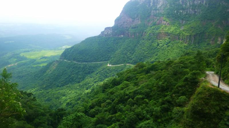 Serra do Corvo Branco Pass